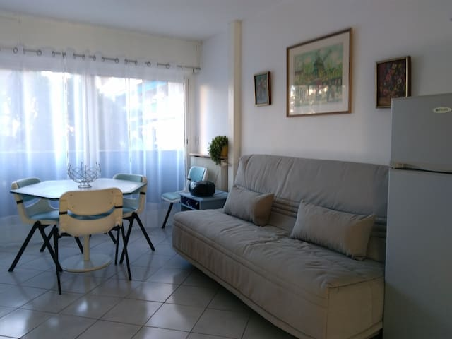Appartement lumineux en bord de mer