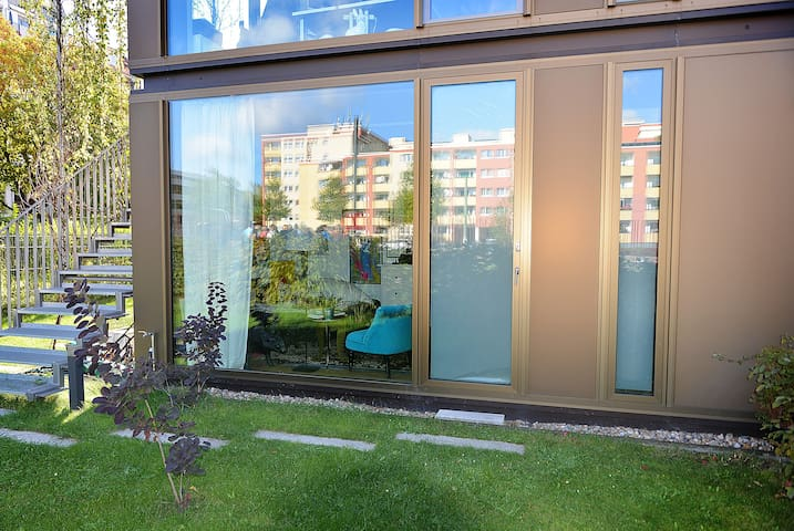 apartment with independent access