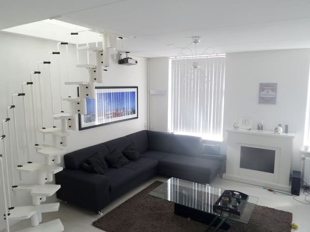 Spacious apartment in centre - Culemborg - Apartamento