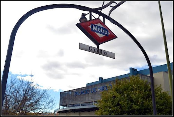 Metro Canillas