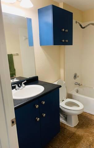 Private Room & Private Bath