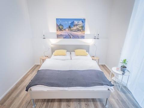 Apartment mit Balkon S