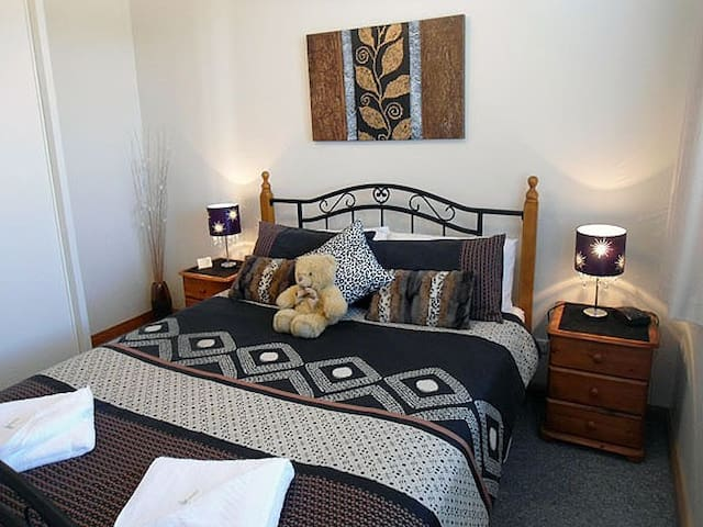 Ashwood Apartments - Bellerive - Bellerive - Hobart - Apartment