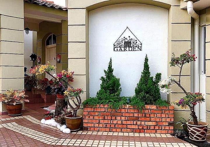 Tiara Villa with Garden View/14PAX/Garage/富可敌国