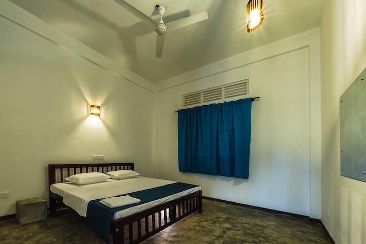 Colombo - rooms close to the beach - Discounts!!