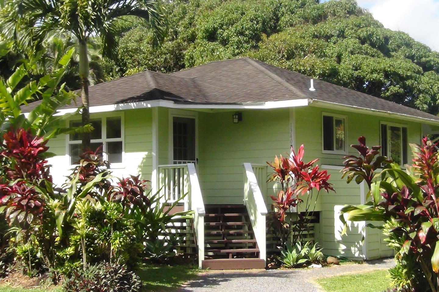 the fresh menehune cottage rentals layer some by grill maui sea house on fish maybe