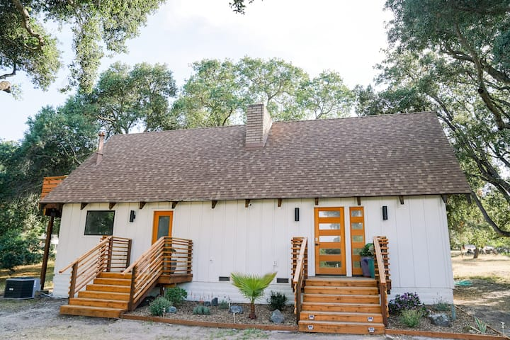 Fully Remodeled, Aframe House on 1 acre