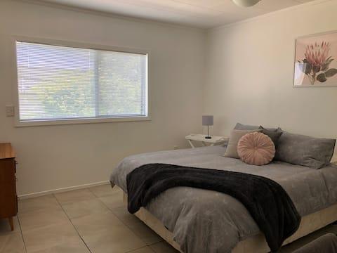 Two Bedroom Unit Including Light Breakfast
