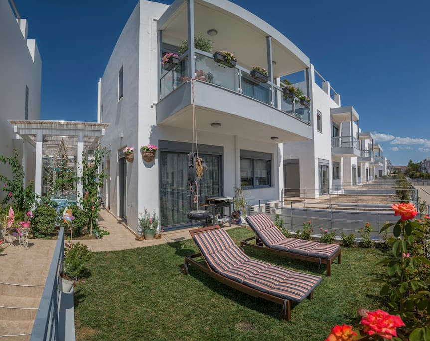 Loutraki resort condomini in affitto a loutraki grecia for Aprire piani casa seminterrato