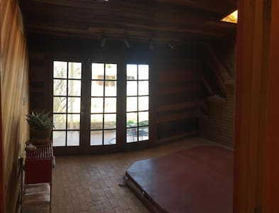 Private Room in Yogic Household - Love New Mexico! - Española
