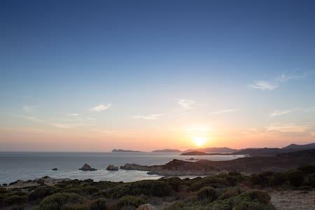 Appartamento nella costa più bella della Sardegna - Pula