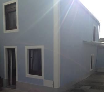 Casa Dorinda  Casa situada en Villa de Bares