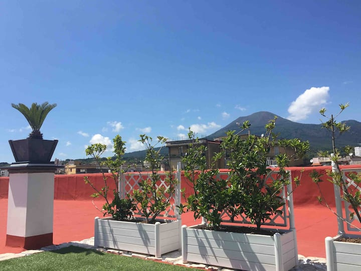 White Home Pompei