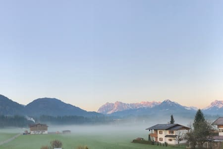 Mansardenwohnung mit Blick auf das Kaisergebirge