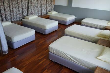Tripmate - 7 Single Bed Mixed Dorm - Kuala Lumpur - Dorm