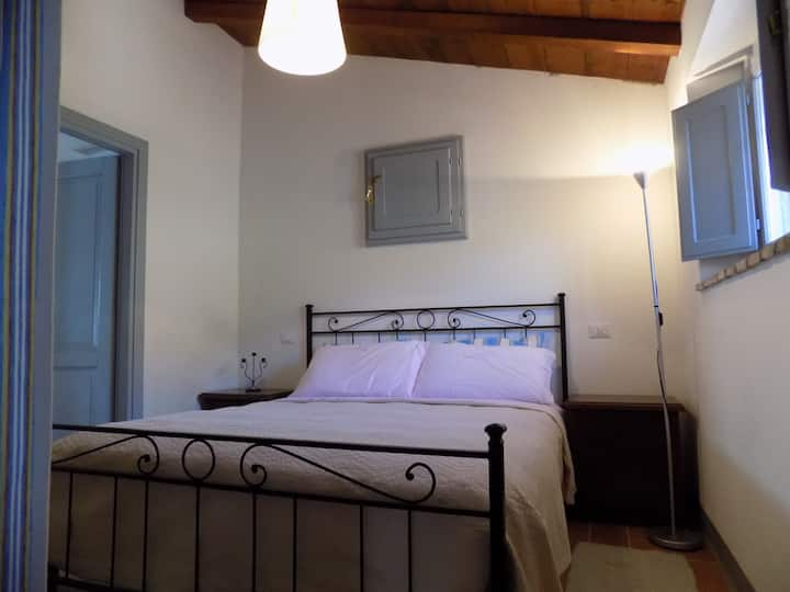 Casa Piccola, Wifi, A/C, private villa for 2 + 1
