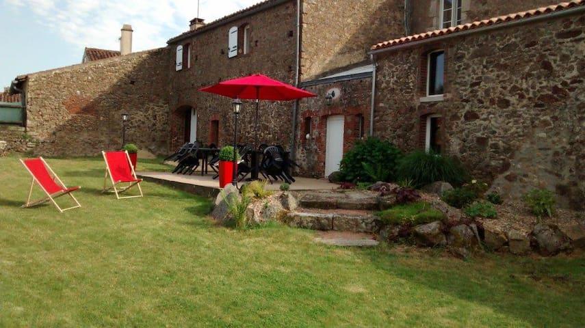 Logis de Victorine, gite  7 mn Puy du Fou  11  P - Saint-Michel-Mont-Mercure