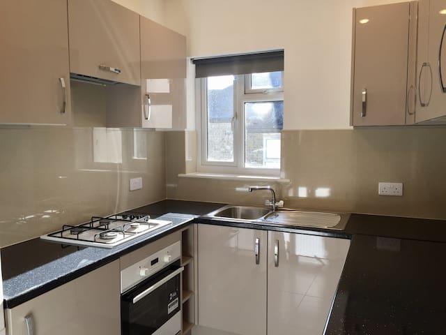 Finchley London N12 one bedroom modern flat