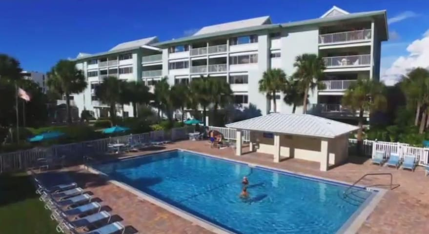 Stay on Siesta Key Beach for your Holiday