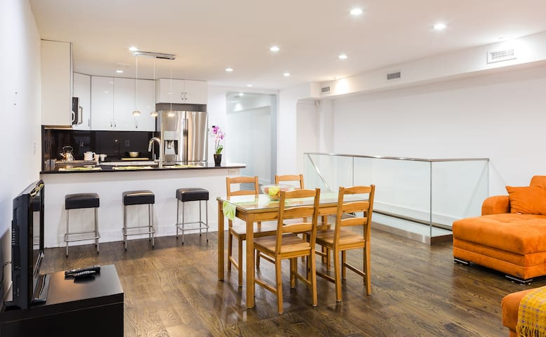 Spacious New Private Duplex in Trendy Bed-Stuy