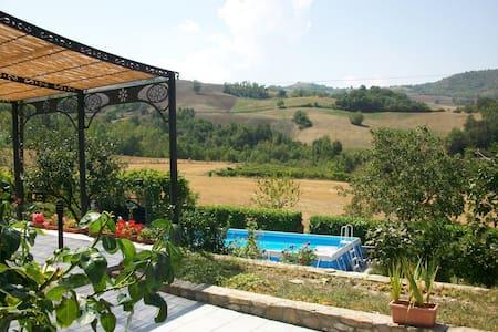Casa Indipendente - pecorara - Σπίτι