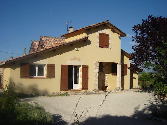 GRANDE MAISON INDEPENDANTE - Moncaut - House