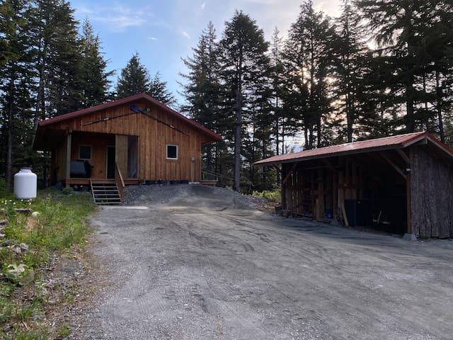 Alaska Hemlock Retreat - Rejuvenate in this Cabin