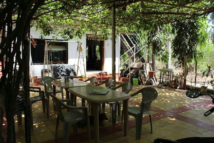 (2)Village life at Ashish's place. - Alibag - Dom