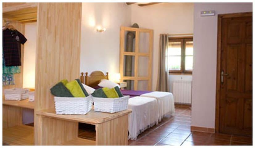 Casa Salinas - Apartamento - Salinas de Jaca - Bed & Breakfast