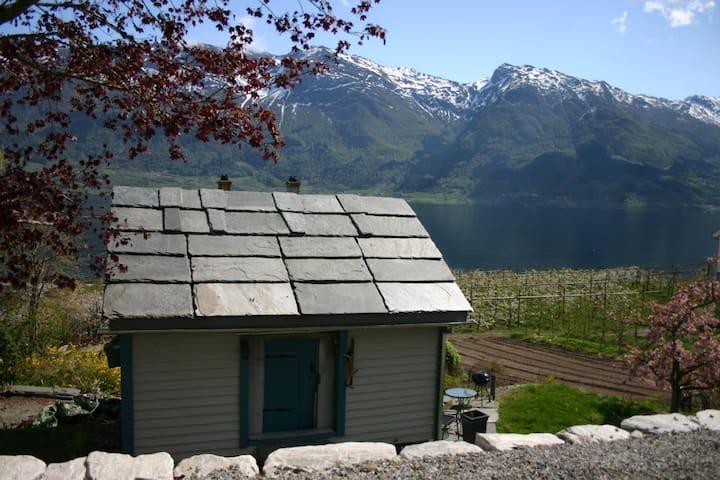 Cosy lumber cabin in Hardanger - Odda - Nature lodge