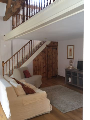 The Annex Toad Hall Abbots Bromley. Self Contained - Abbots Bromley - Bed & Breakfast