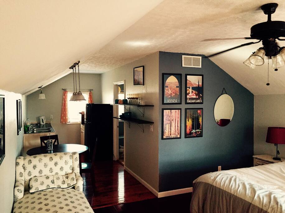 Lovely Studio Apartment In Historic Knoxville Guest Suites For Rent In Knoxville Tennessee