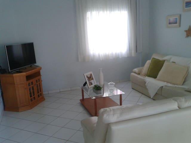 Lindo apartamento em Meia Praia - Itapema/SC - Itapema - Appartement