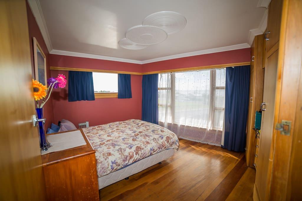 Master Bedroom Queen Bed. Built in Wardrobes, plenty of drawers