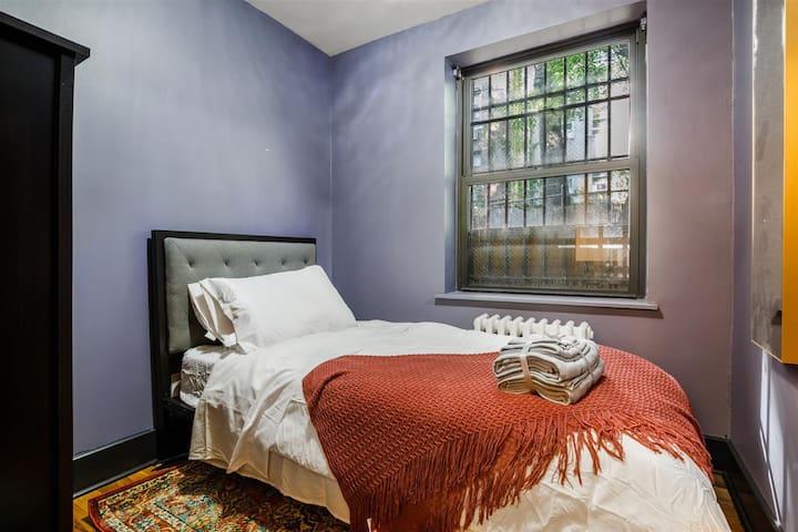 Private Room Chelsea 1C