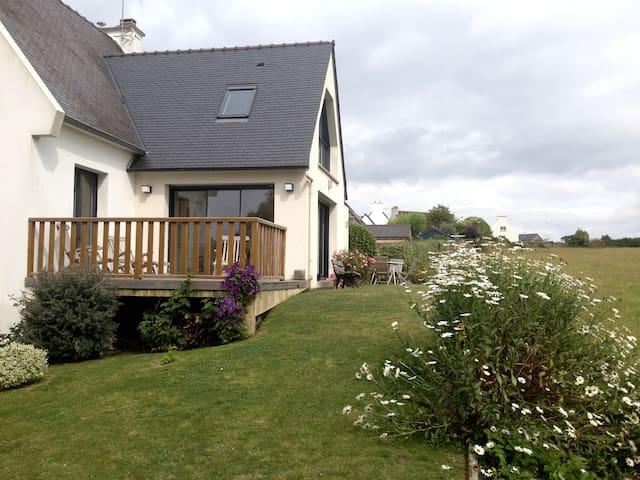 Maison agréable et lumineuse - Plougasnou - Casa