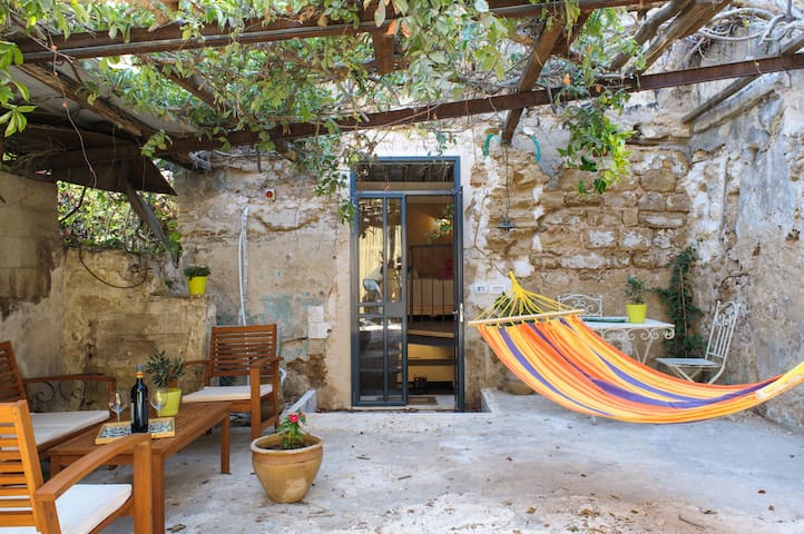 Garden Hideaway in Old Jaffa - Tel Aviv-Yafo - Apartment