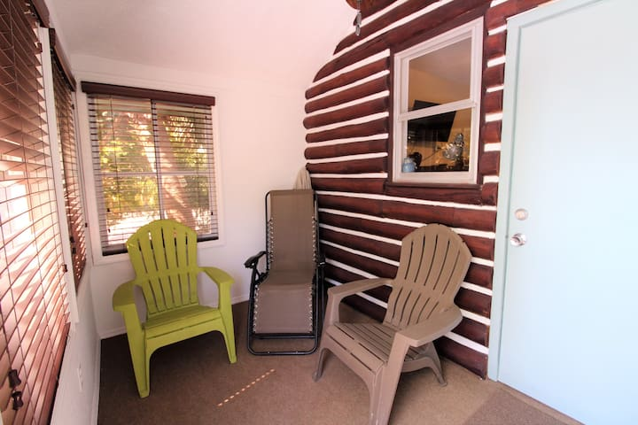 One Bedroom One Bath Rent One Side or Both! NEW Listing Rock Lobster Cottage TI