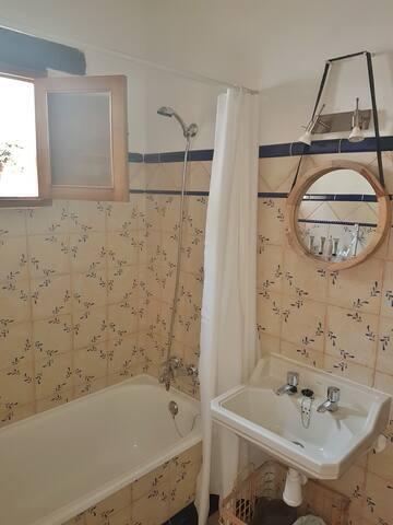 Bathroom Doble Room Entrance