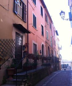 Caratteristico bilocale - Apartment