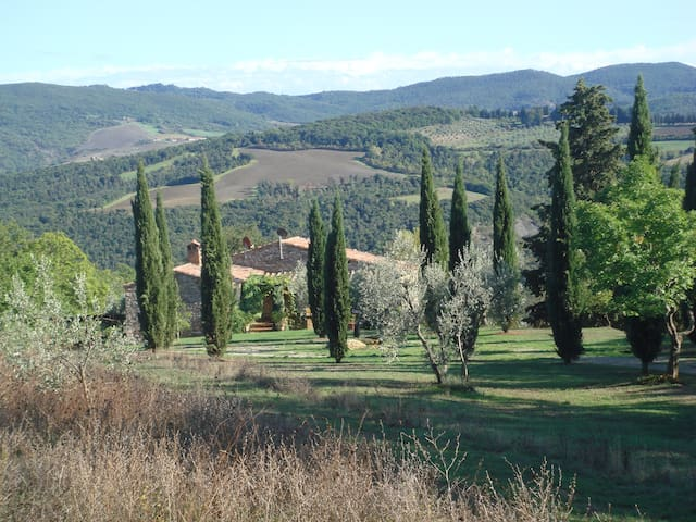 Country Farmhouse between  Florence Pisa & Siena - Gambassi Terme - House