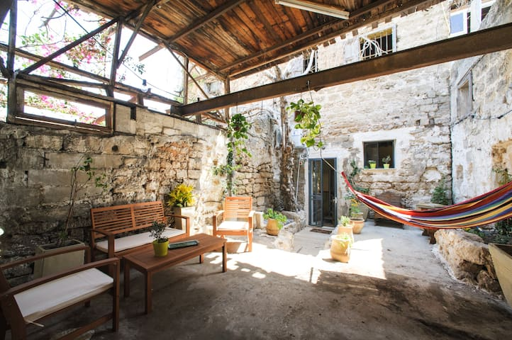 Garden Loft in Old Jaffa - Тель-Авив - House