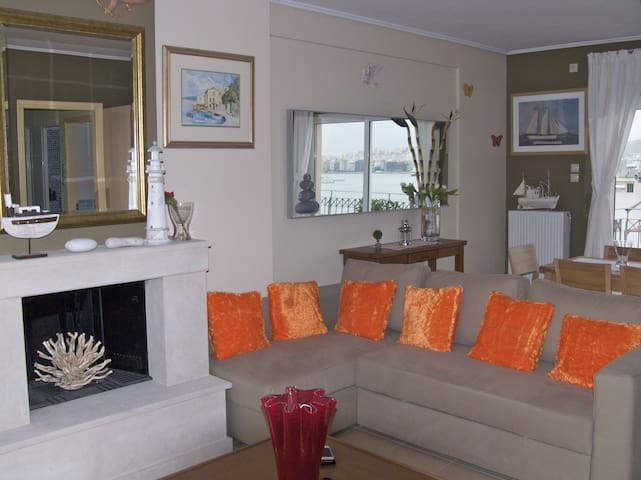 Luxury 3-bdrm Apt with Sea View in Athens-Piraeus - Piraeus - Apartment