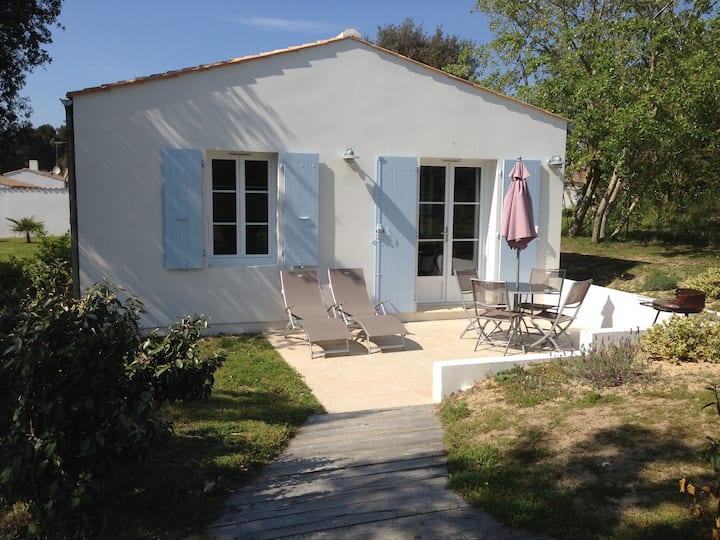 Jolie maison à 50 m de la plage
