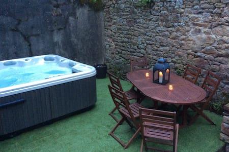 Paradise with jacuzzi near Mont Saint Michel - Avranches - 独立屋