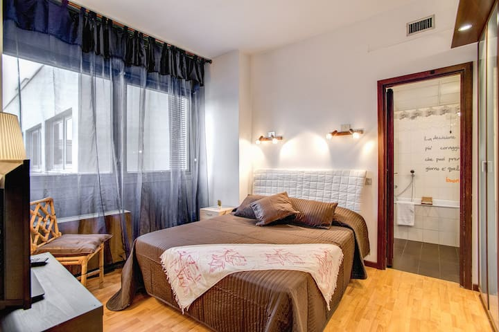 M&L Apartment Ardesia 2 _ Colosseo - Roma - Daire