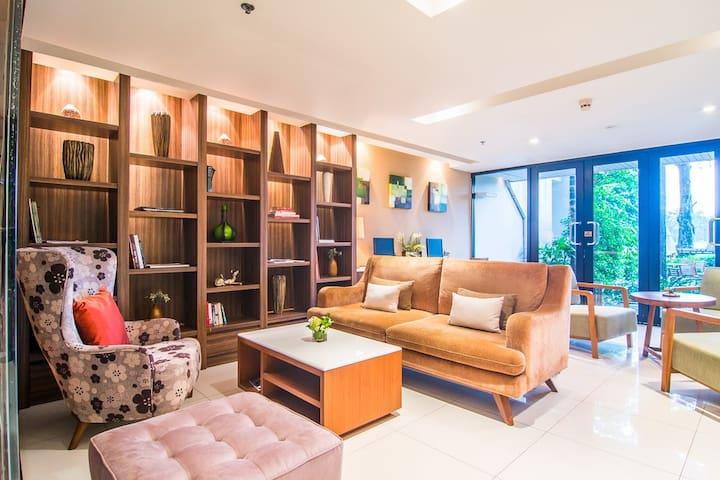 1BR Garden Suite @ Summit Free Airport Pickup - Tambon Bang Phli Yai - Apartemen