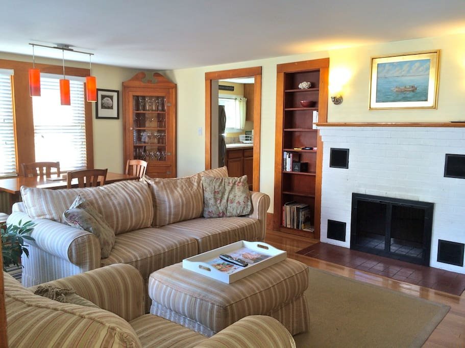 Central West End 1 Bedroom Condo Apartments For Rent In