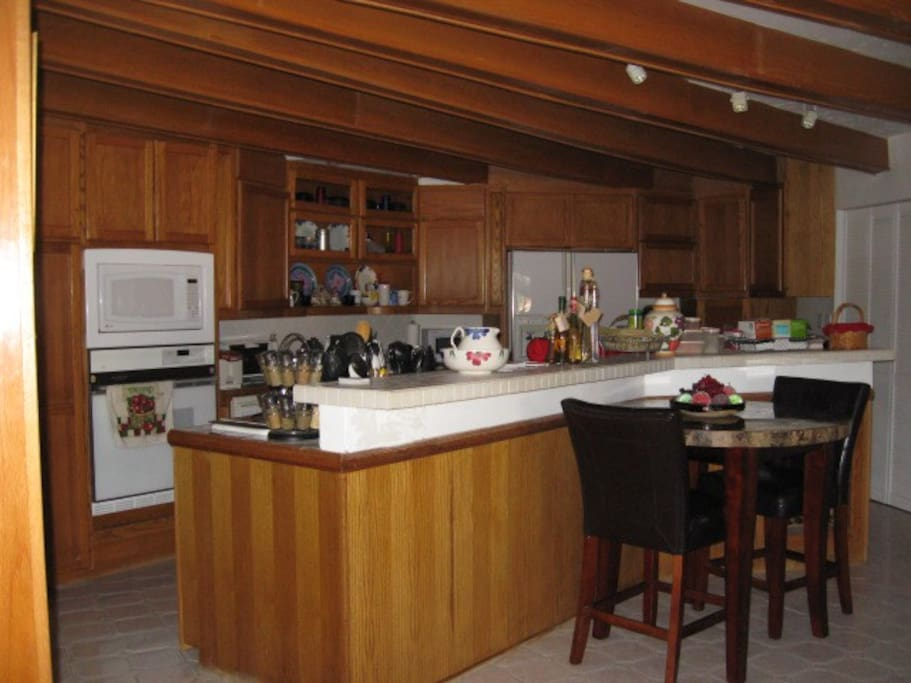 Fully Equipped Kitchen with Keurig Coffee Maker