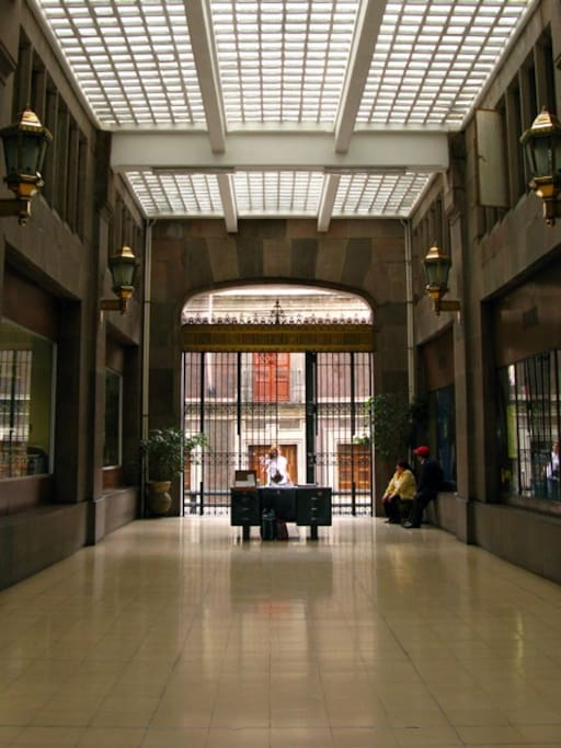 Lobby with 24-hour doorman